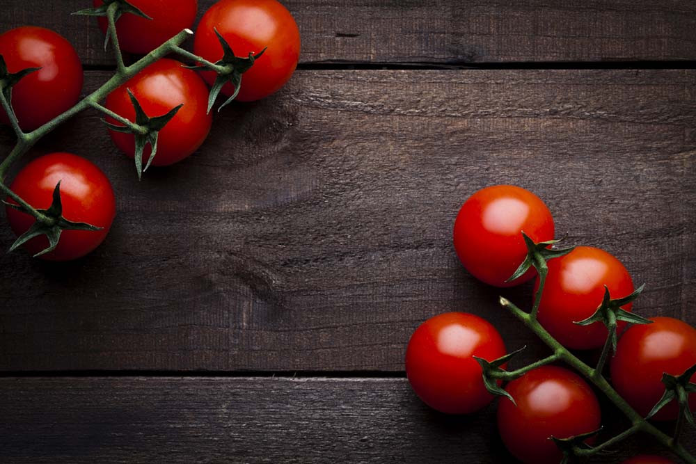 what-to-eat-for-better-skin-tomatoes.jpg